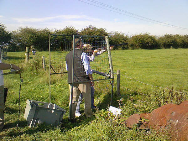 Learning to clay shoot Leicestershire